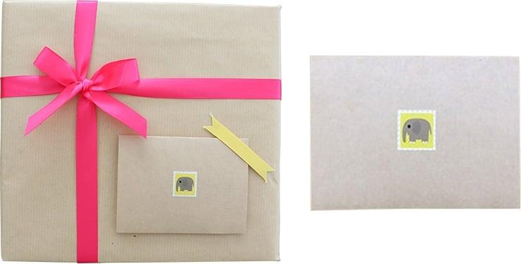 包装紙+ピンク系リボン(メッセージカード付き)